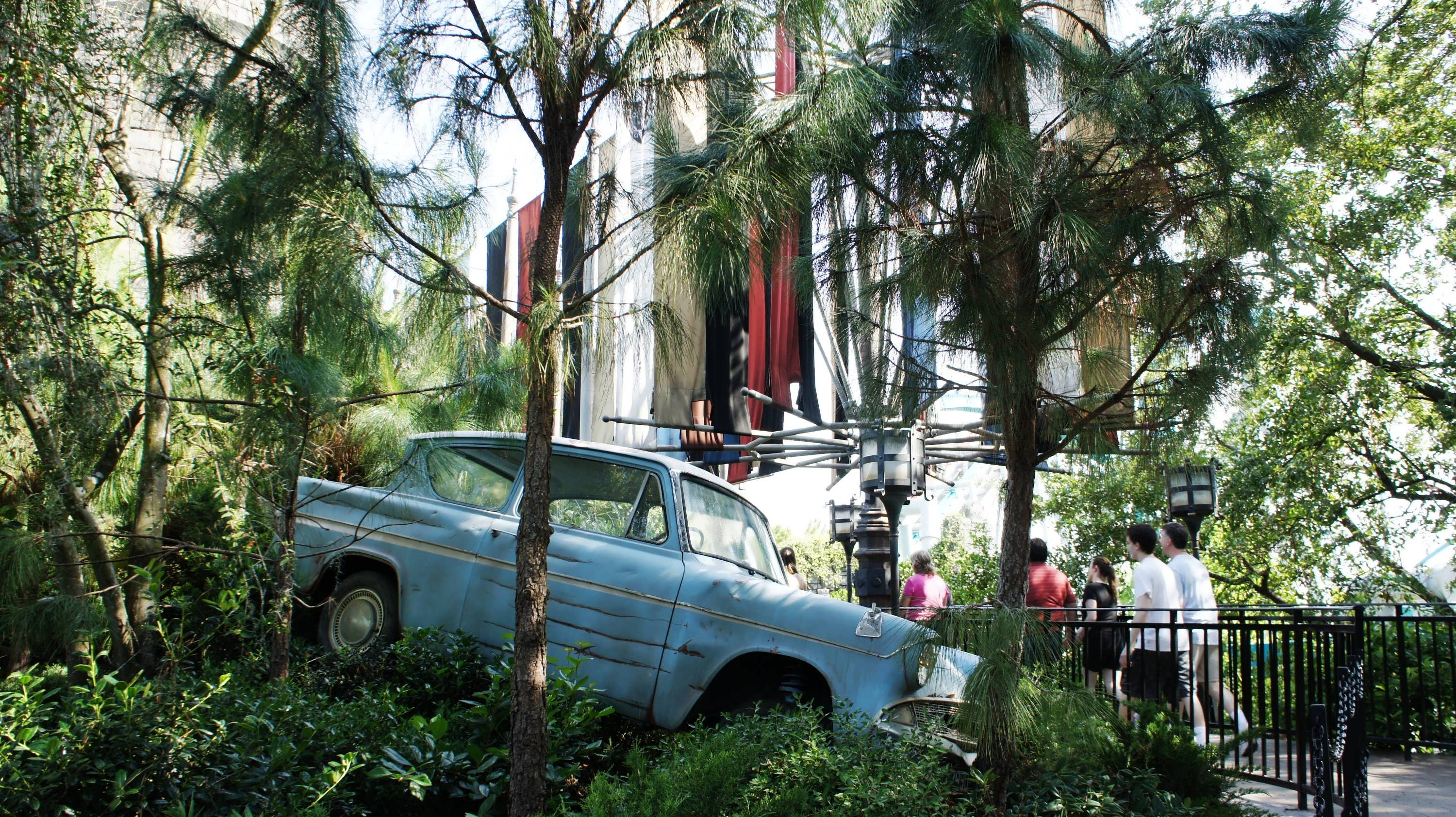 Ron's car in Dragon Challenge queue at Universal's Islands of Adventure