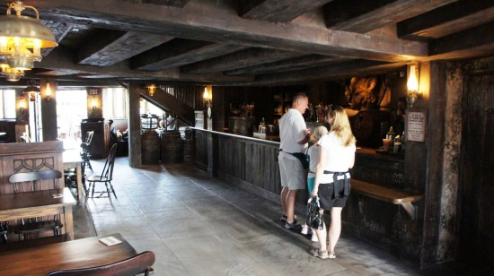 Wizarding World of Harry Potter: Inside Hogs Head.