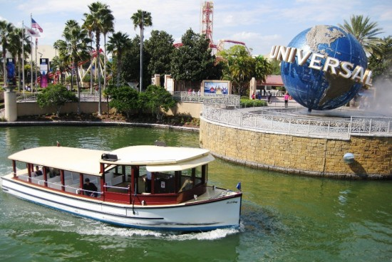 Universal Orlando water taxis are free for everyone