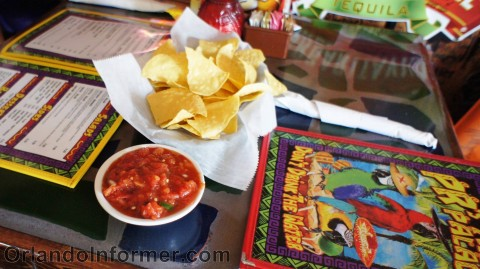 PR's Taco Palace: Complimentary chips and salsa.