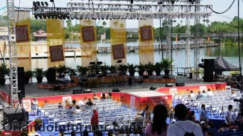 SeaWorld Orlando: Inside Atlantis Bayside Stadium for Viva la Musica.