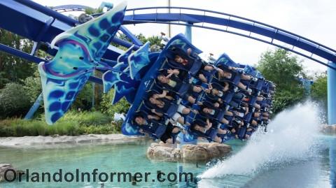 SeaWorld Orlando: Manta in action.