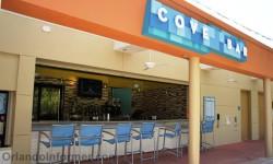 Disney's Bay Lake Tower Resort: The Cove pool bar.