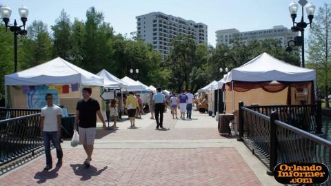Orlando's Farmers Market at Lake Eola: Vender Avenue.