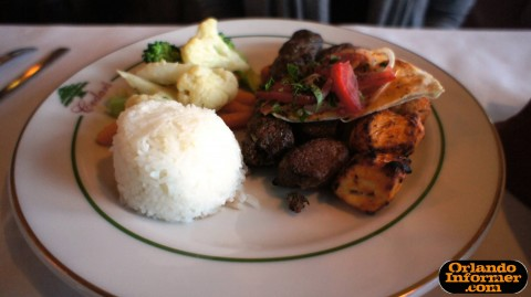 Cedar's Restaurant of Orlando: Mixed Grille entree.