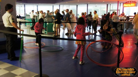 Cosmic Ray's Starlight Cafe: Kids activities.