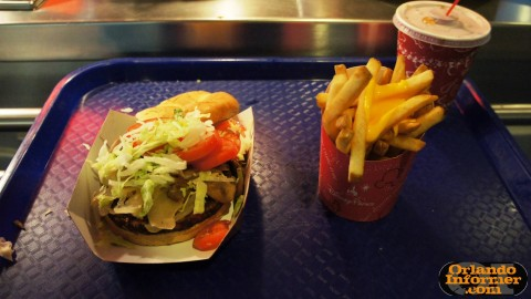 Cosmic Ray's Starlight Cafe: Veggie burger with toppings.