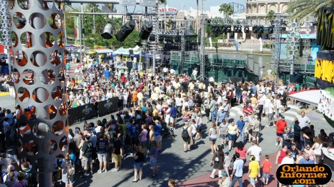 The Ellen Degeneres Show 2011 live at Universal: View from Starbucks on the second floor of CityWalk.