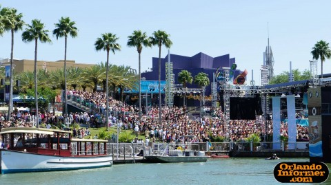 The Ellen Degeneres Show 2011 live at Universal: View from the bridge to USF.