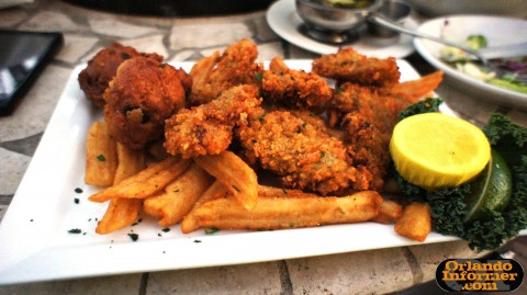 Johnnie's Hideaway Restaurant: Fried Oysters (Apalachicola selects).