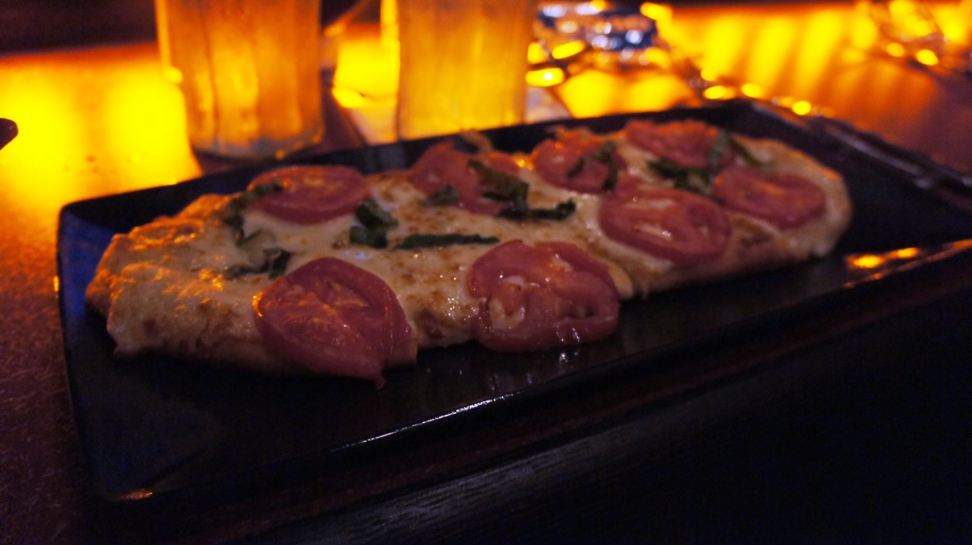 AMC Fork Screen At Downtown Disney Margherita Pizza