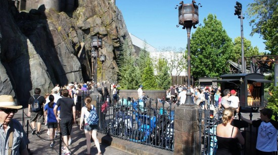 Forbidden Journey strolling parking at the Wizarding World of Harry Potter - May 31, 2011.
