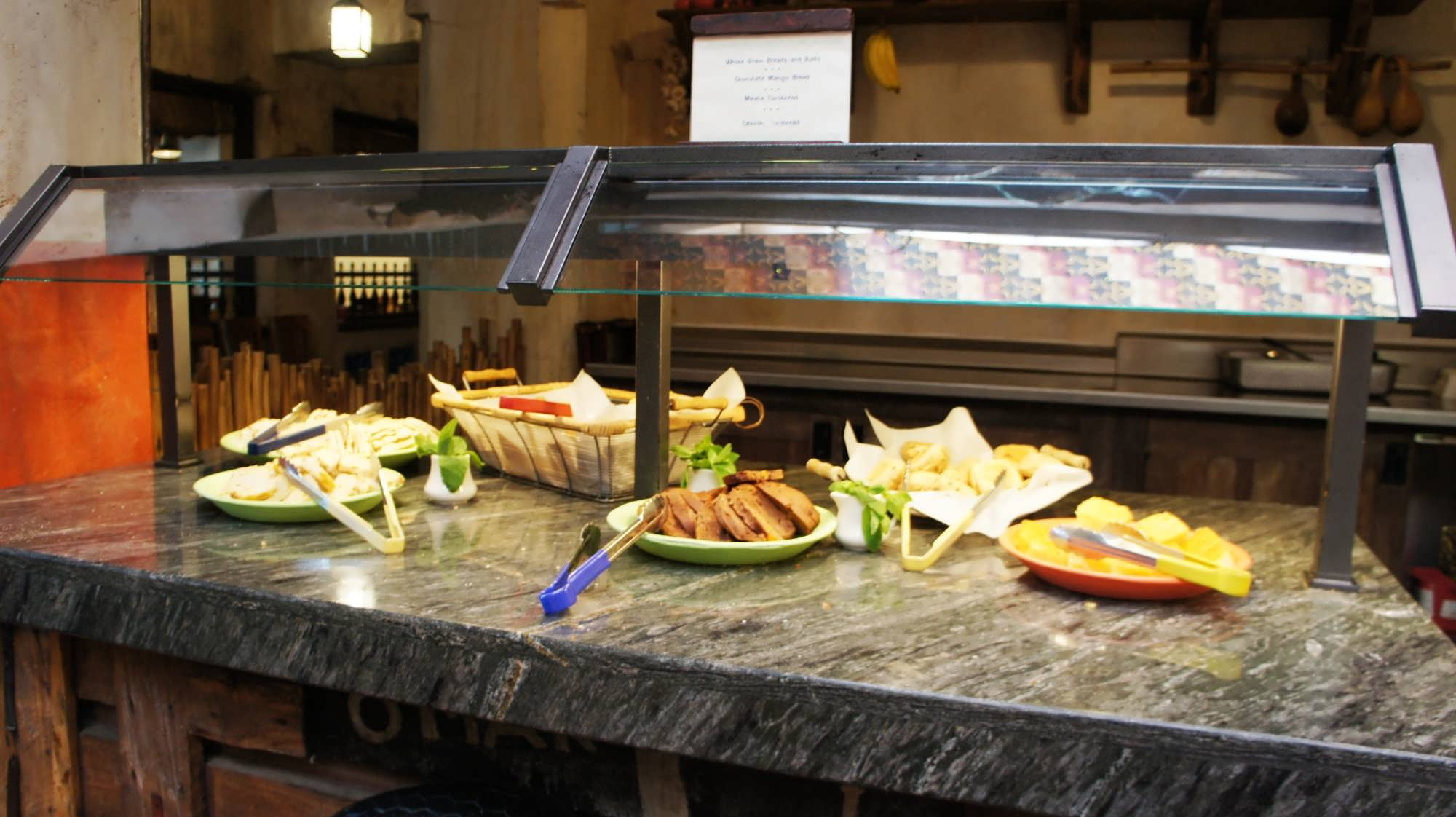Tusker House At Animal Kingdom A Family Buffet With