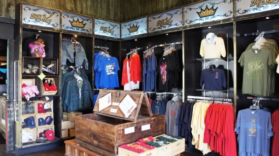 BB King's Blues Club at Pointe Orlando: The gift shop.