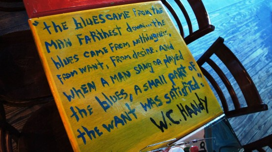 BB King's Blues Club at Pointe Orlando: Table art.
