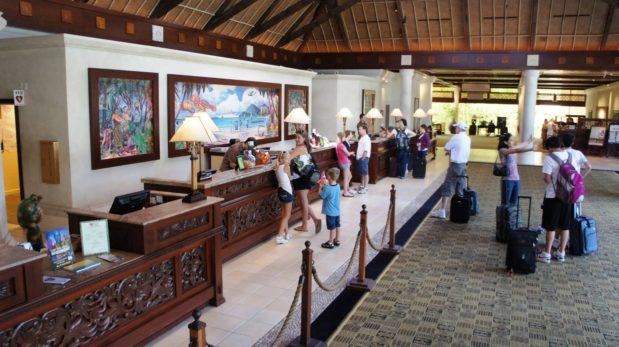 Registration & lobby area at Loews Royal Pacific Resort: front desk