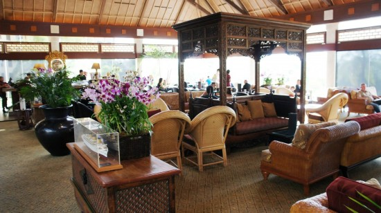 Orchid Court Lounge & Sushi Bar at Loews Royal Pacific Resort.