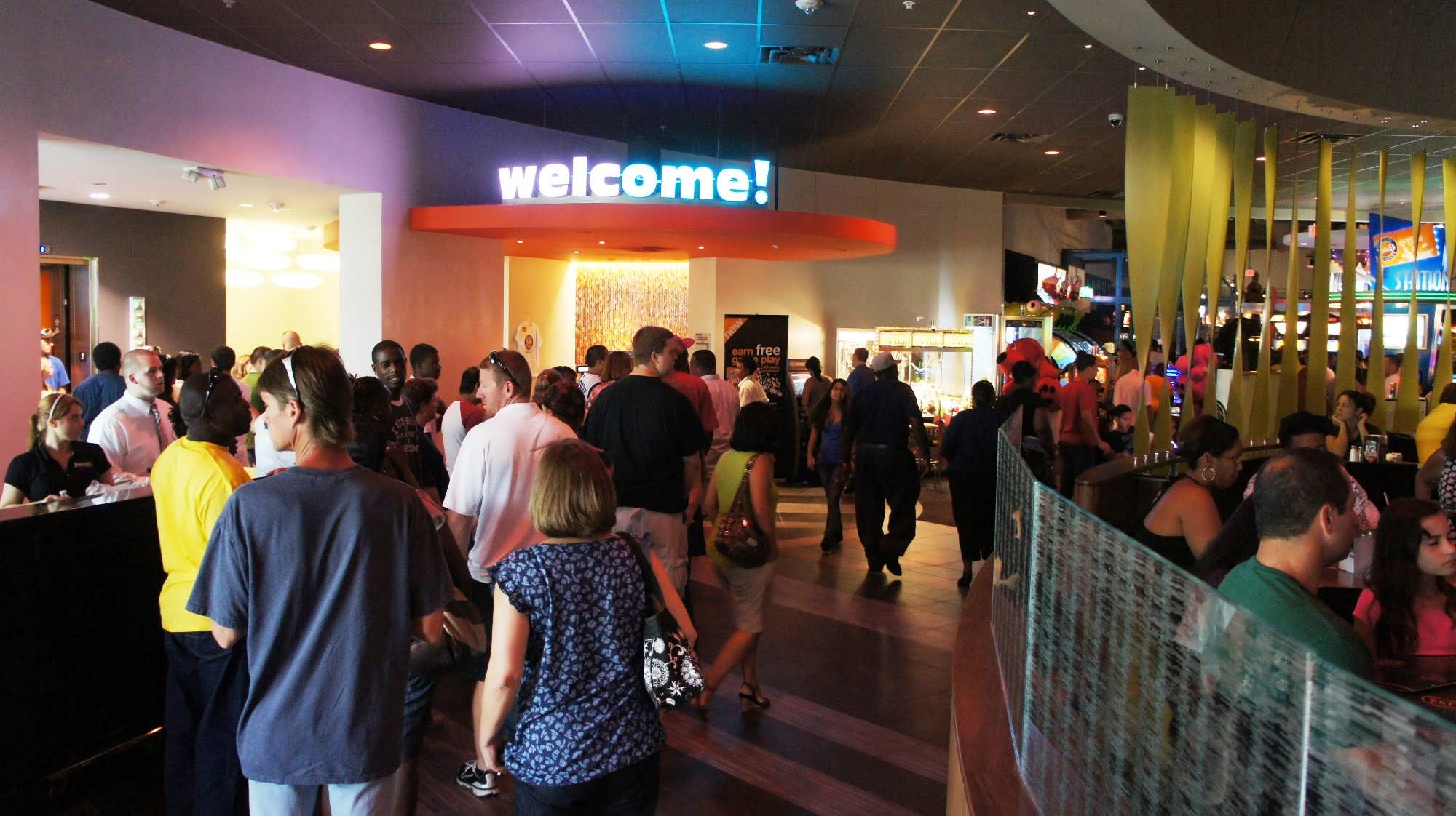 Dave & Buster s Orlando on International Drive review photo gallery