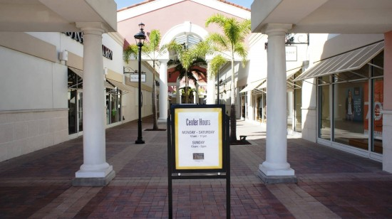 Orlando Premium Outlets International Drive: Open everyday at 10:00am.