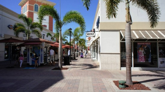 Orlando Premium Outlets International Drive: Even more shops.