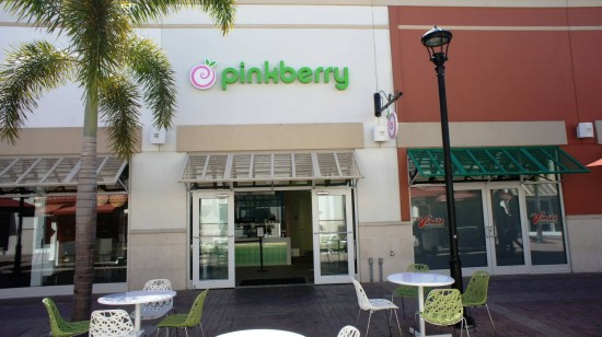 Orlando Premium Outlets International Drive: Don't forget to stop by Pinkberry before you leave.
