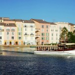 Portofino Bay Hotel Harbor Piazza: Water taxi heading to Universal CityWalk and the theme parks.c
