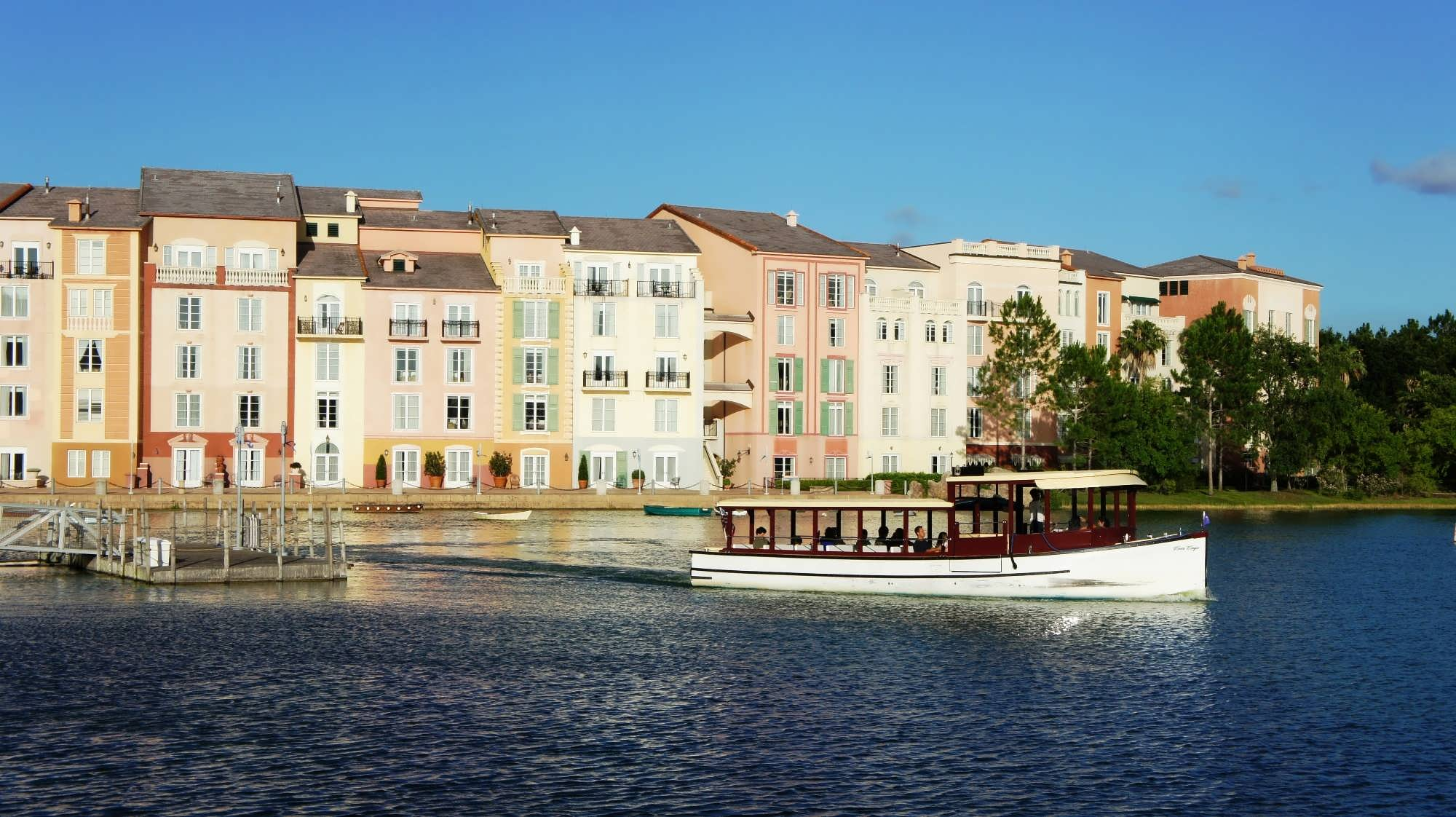 Water taxi transporting guests for the Portofino Bay harbor to Universal CityWalk