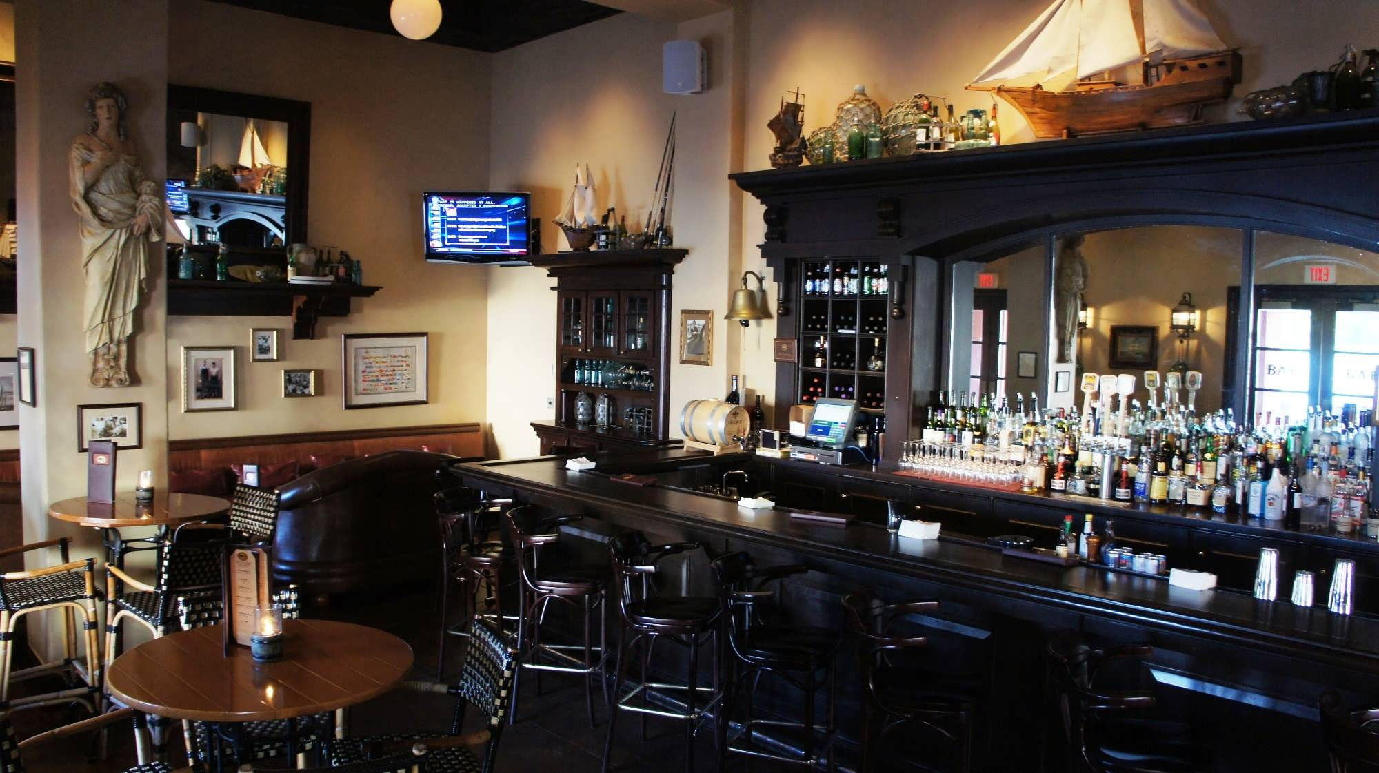 The Thirsty Fish Bar at Portofino Bay Hotel