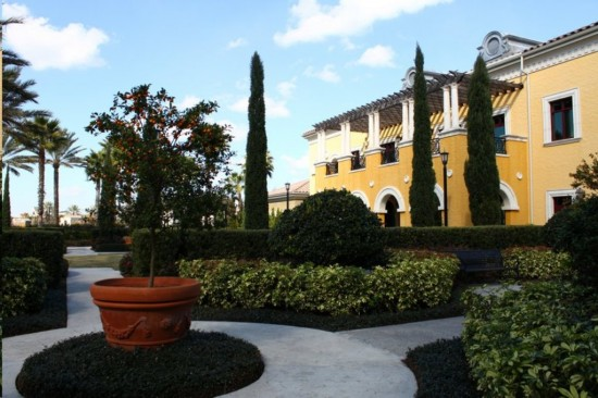Hilton Grand Vacation Club on International Drive in Orlando: An example of the beautiful landscaping around the property.