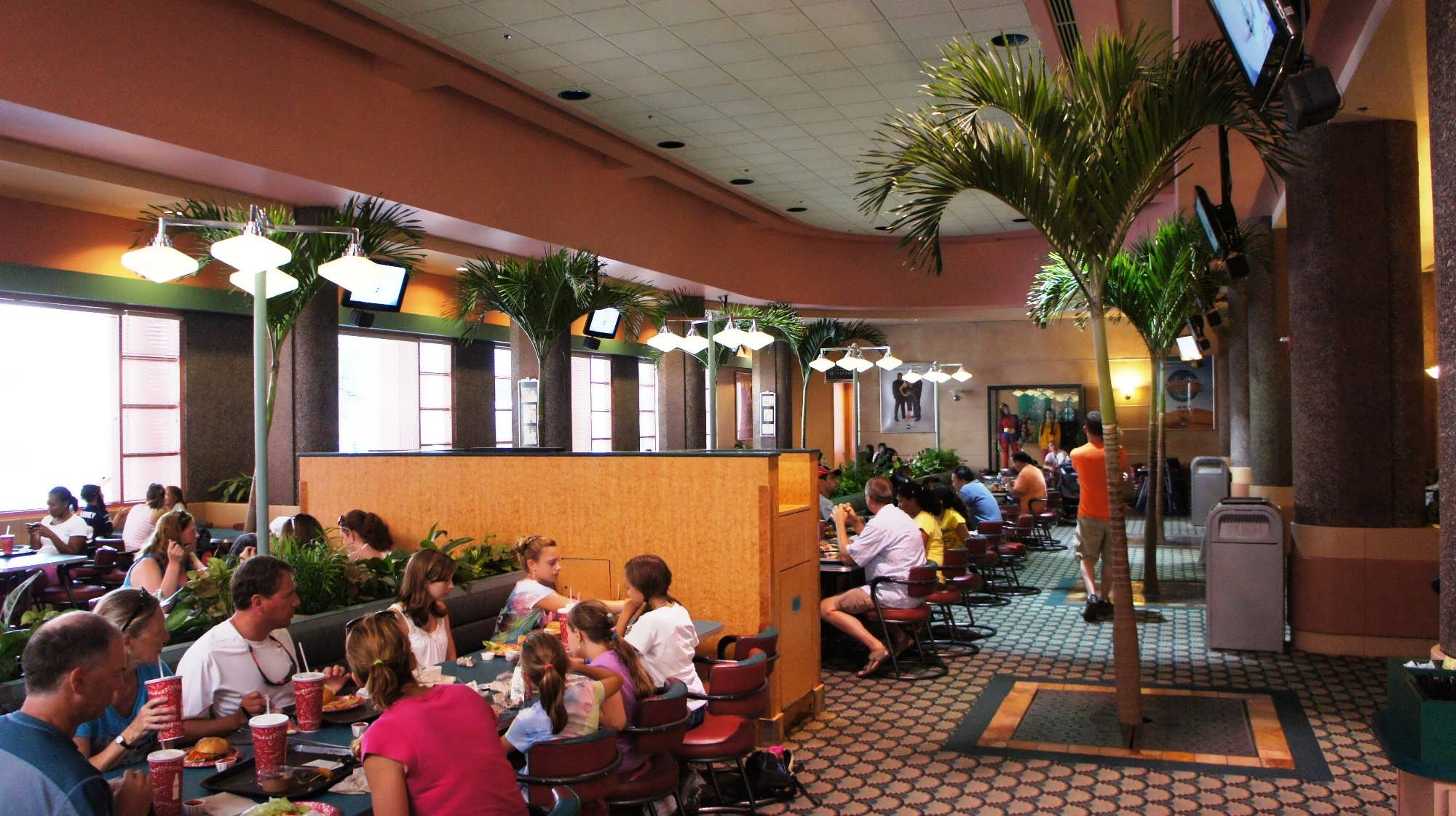 Abc Commissary Quick Service Restaurant At Disney S Hollywood Studios One Of The Seating Sections