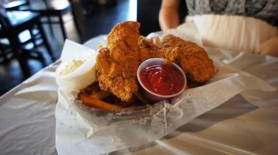 Hot 'n Juicy Crawfish Restaurant in Orlando: Fried Catfish Basket.