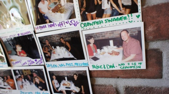 Hot 'n Juicy Crawfish Restaurant in Orlando: Made it on the wall!