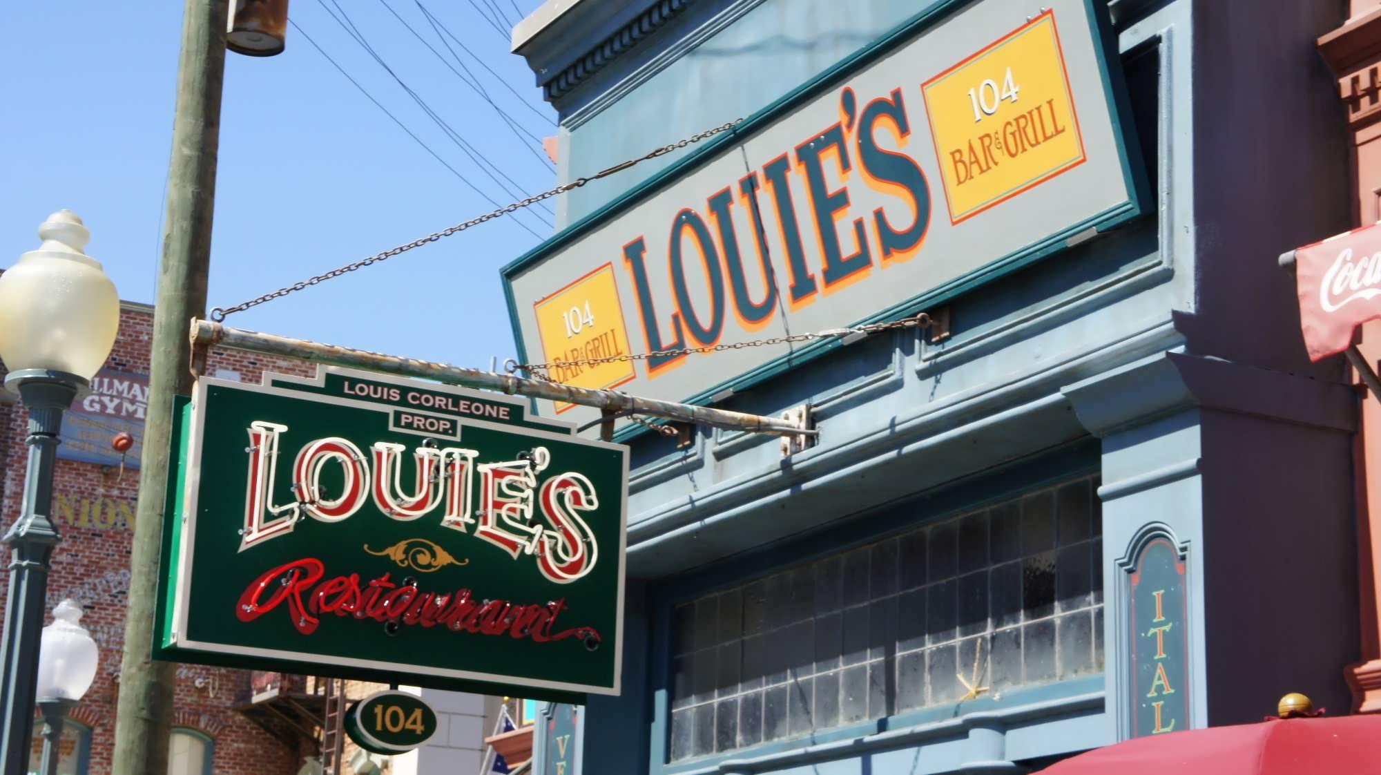 Louie S Italian Restaurant Quick Service At Universal Studios Florida