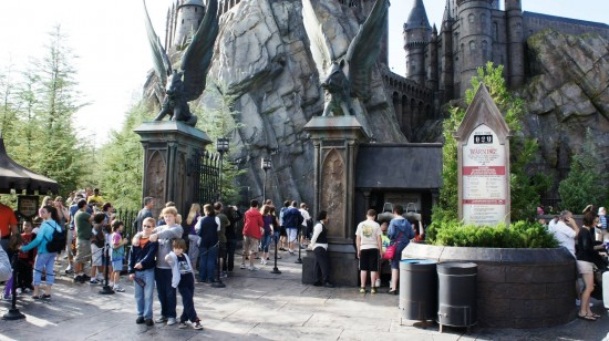 The line stretching out from the gates of Hogwarts Castle (1).