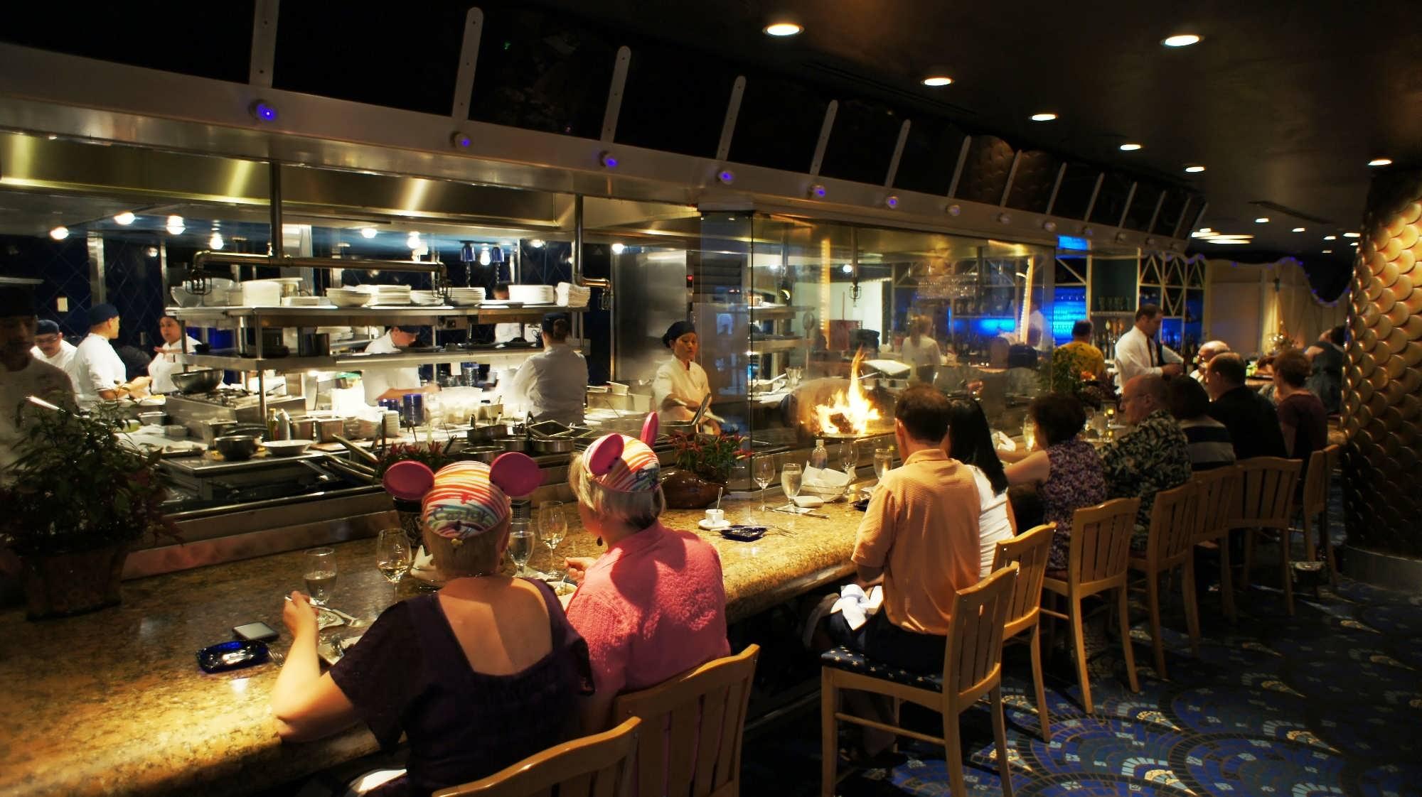 comparing restaurants essay