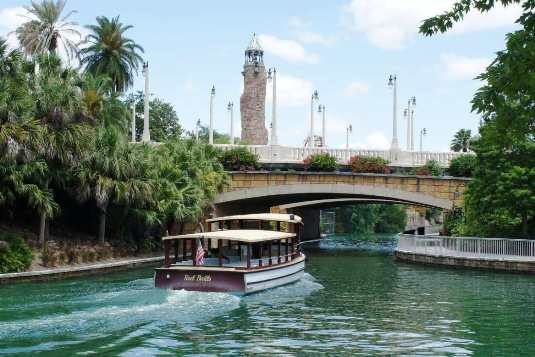 Universal Orlando water taxi on its way to CityWalk.