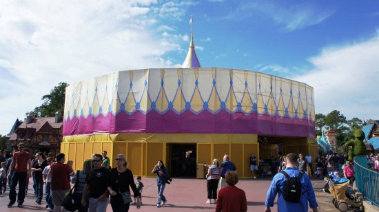 Magic Kingdom trip report - December 2011: Prince Charming Regal Carrousel refurbishment.
