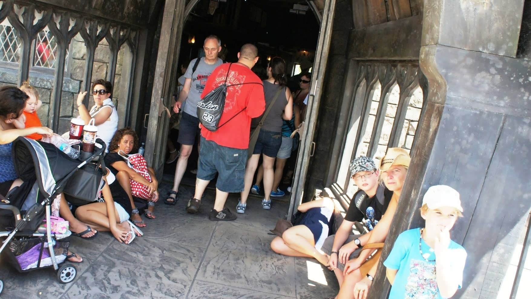Crowded Hogsmeade