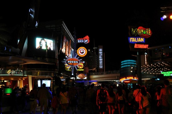 Finding relaxation in the city of excitement: Late night temptations all around at Universal CityWalk.