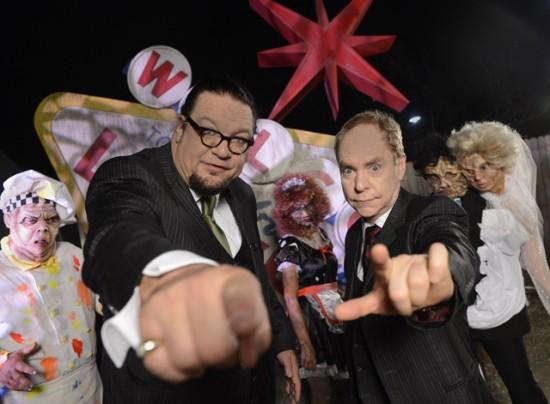 Penn & Teller Newkd Las Vegas 3D at Halloween Horror Nights 2012