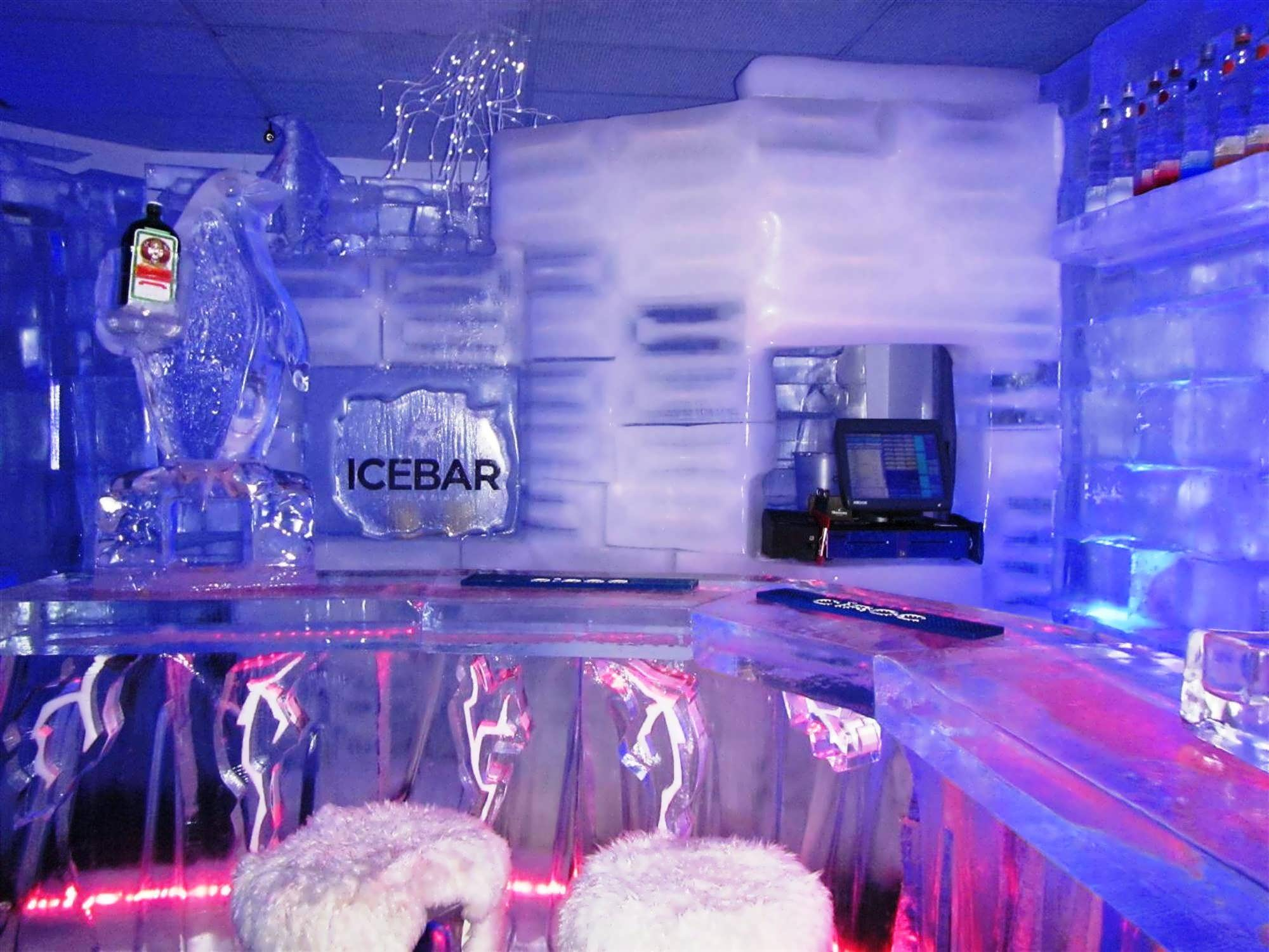 Icebar Orlando On I Drive Get Your Next Drink Served With