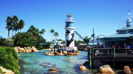 The entrance to SeaWorld Orlando.