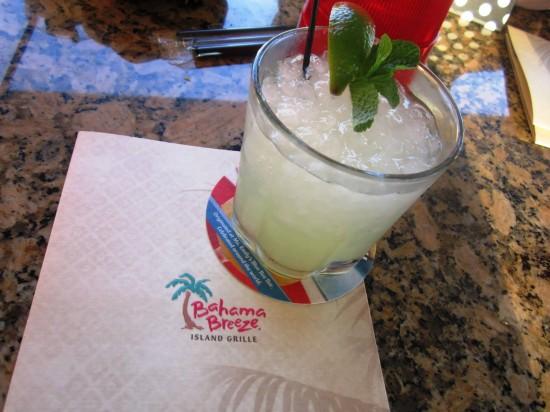 Bahama Breeze: Daisy de Santiago.