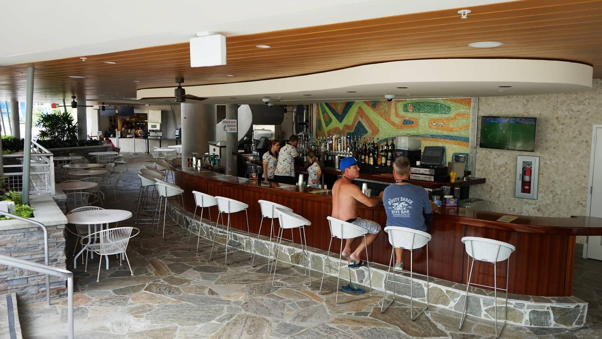 Hideaway Bar & Grille at Cabana Bay Beach Resort