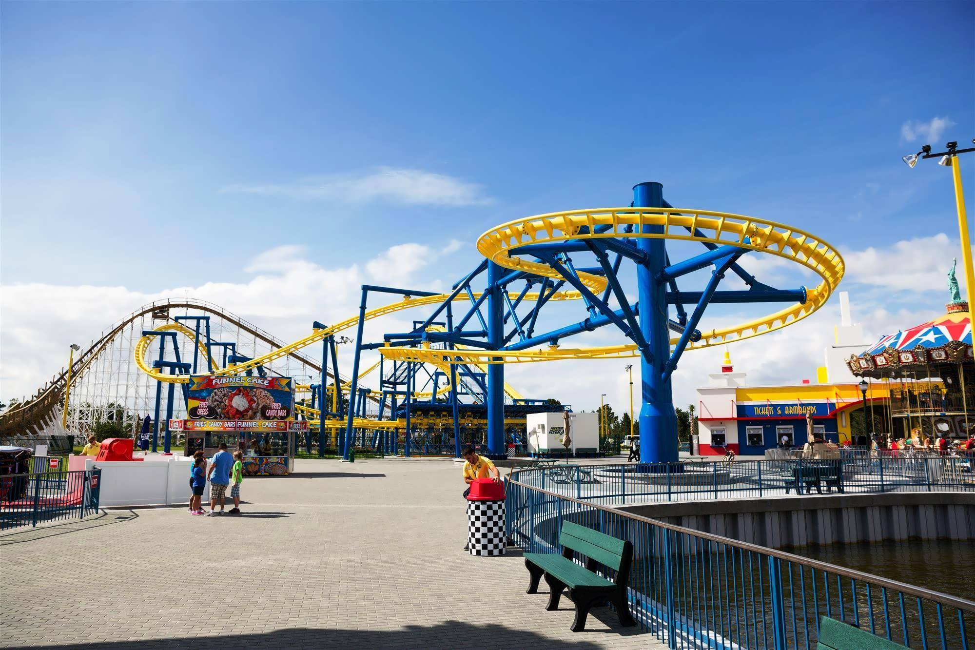 Fun Spot America celebrates grand reopening ride my new