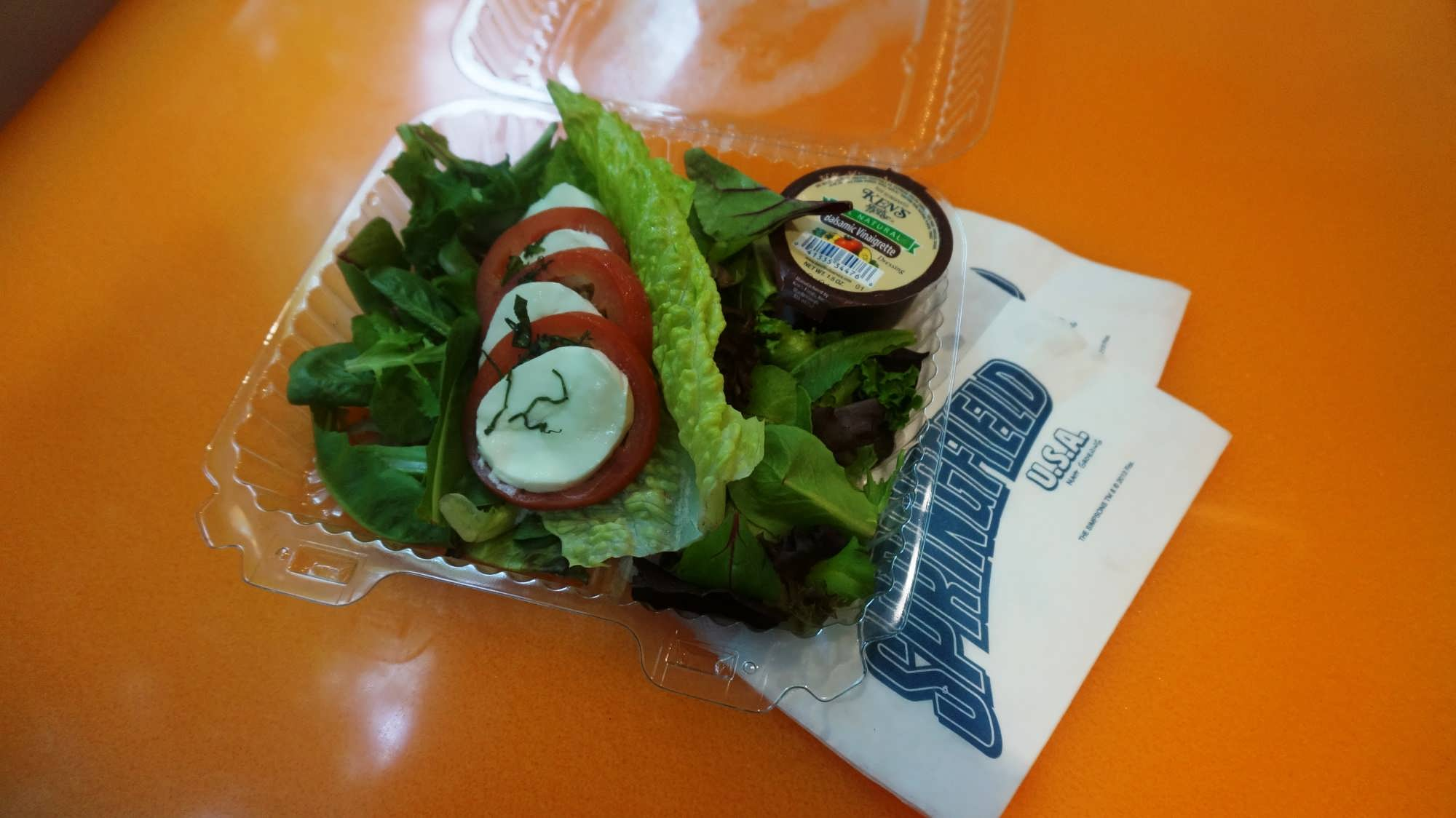 Staying on track in the new year how to eat healthy at universal lisas teahouse of horror caprese salad ccuart Images