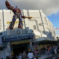 Transformers Express Pass & single rider queue.