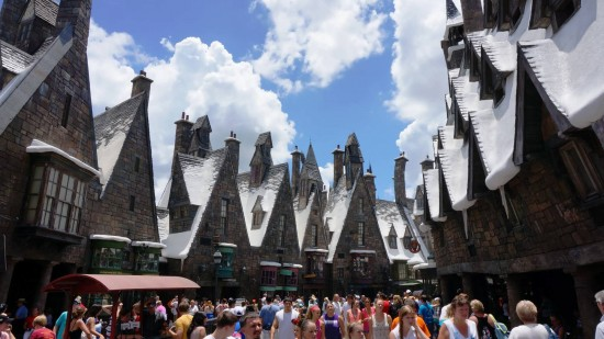 Standing inside Hogsmeade, it's impossible to see the rest of IOA.