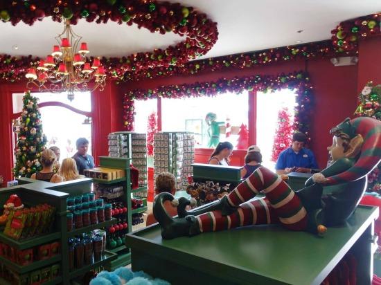 Park Plaza Holiday Shop - Universal Studios Florida.