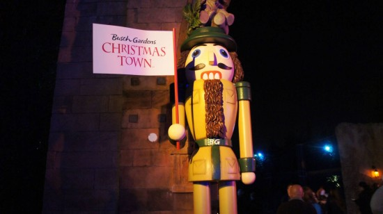 Busch Gardens Tampa - Christmas Town 2013.